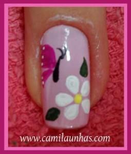 Flor com borboleta